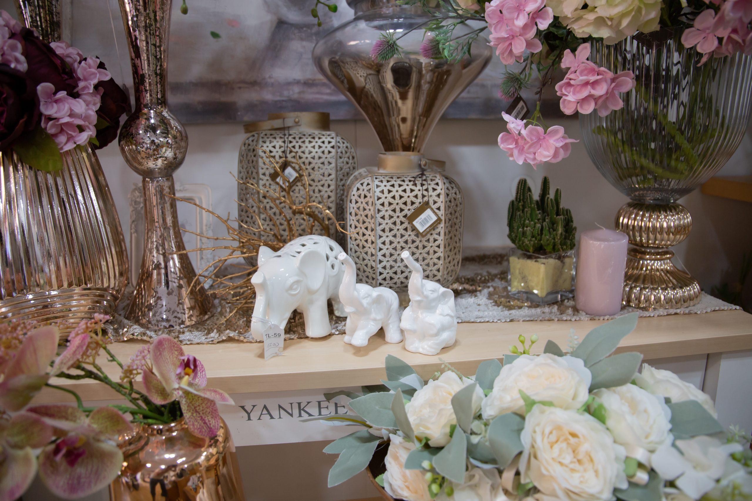 Arredo- Vasi ed Elefanti Garofalo Creazioni