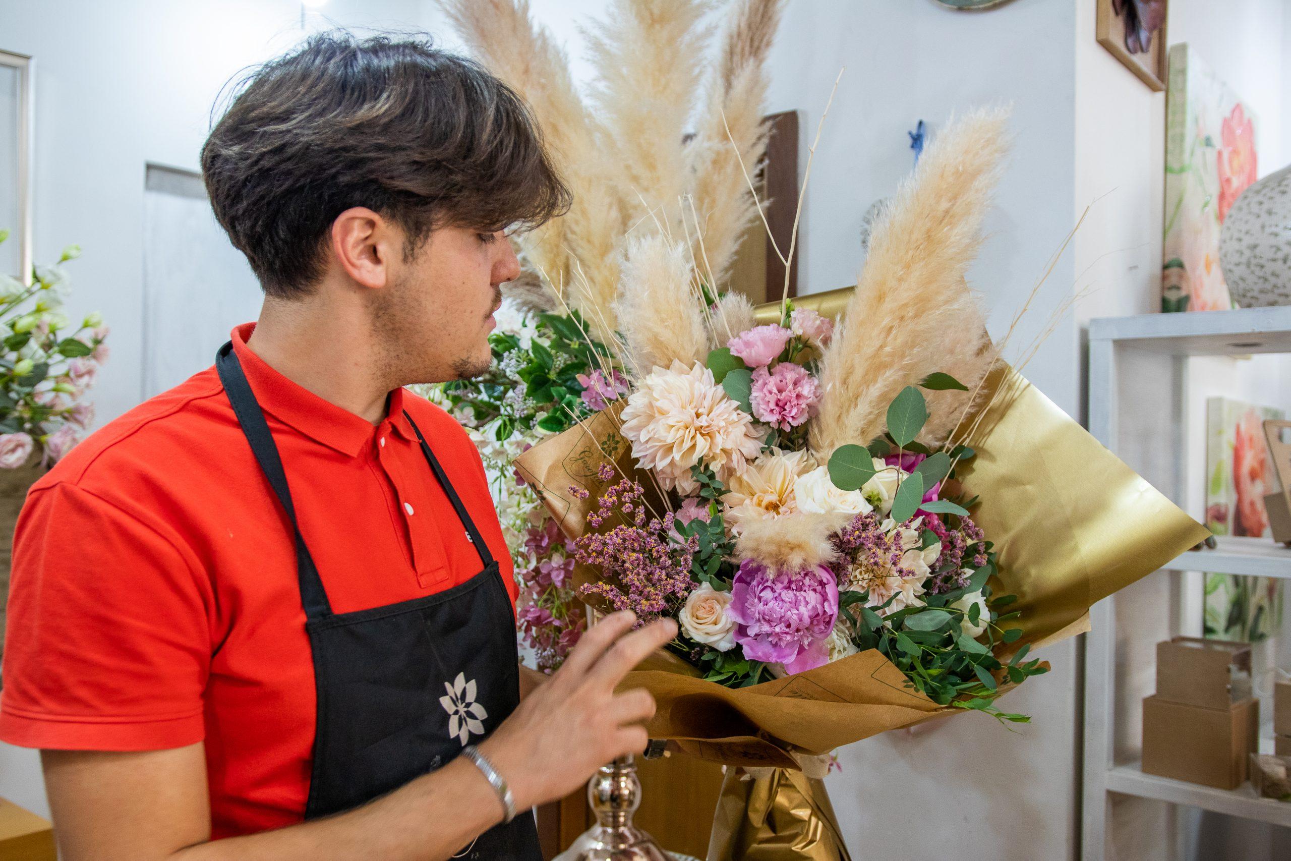 Bouquet Regalo Piume Garofalo Creazioni